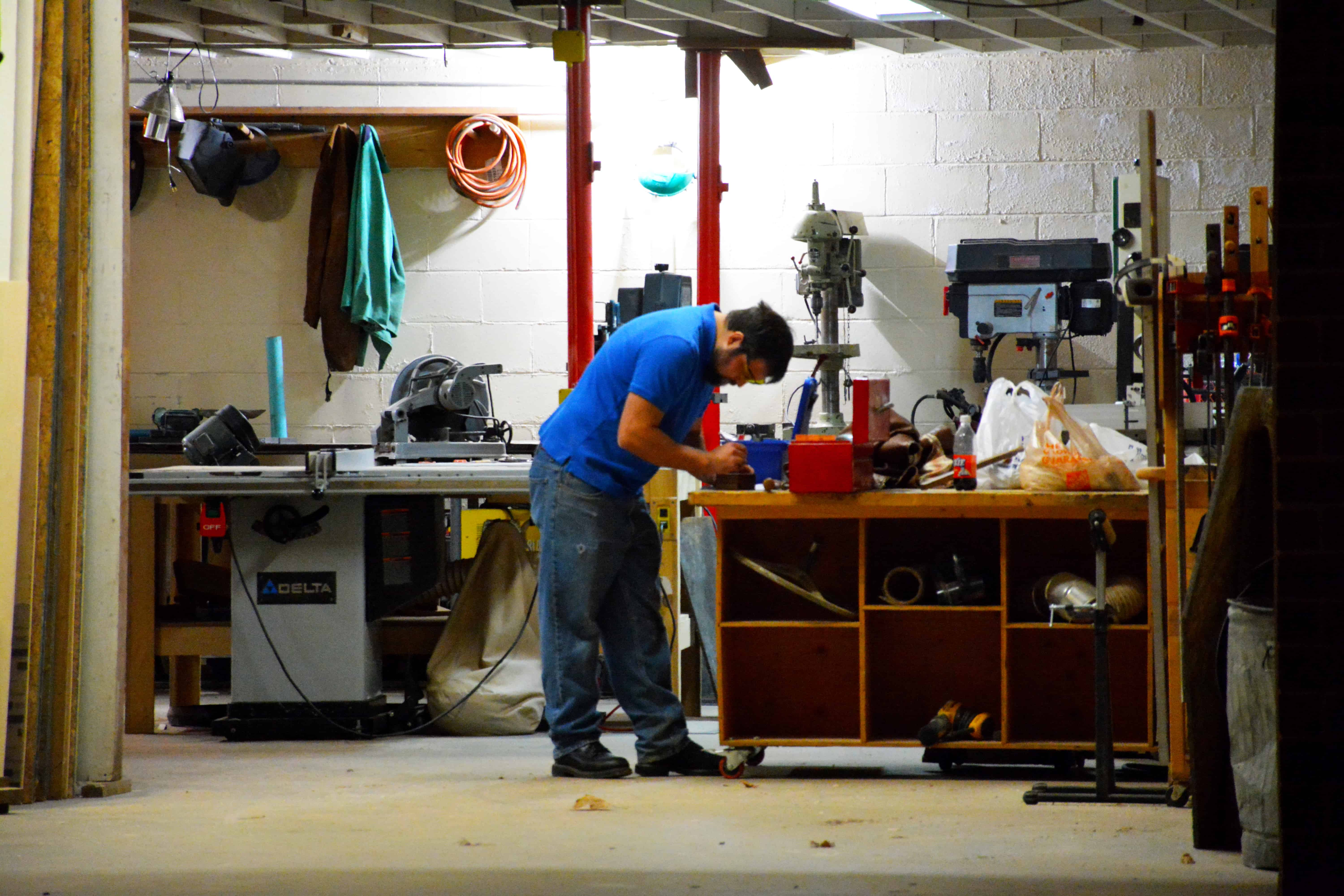 New space for this makerspace open bench project for Apartment makerspace